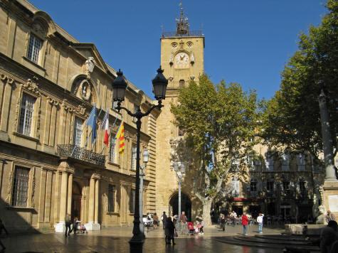 Cours De L Hotel De Ville De Aix En Provence